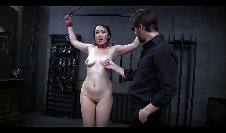 セクシーな若いドイツの女性のポーズ裸と運指膣穴 女の子 向け av 動画